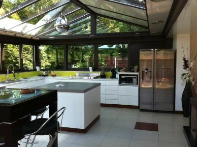 Extension de maison cr ation v randas melun seine et for Extension cuisine veranda